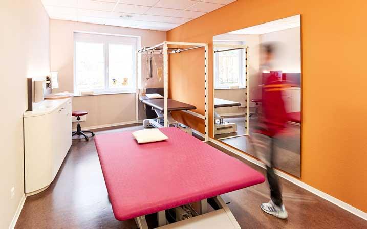 INTERPRAX Physiotherapie Bobath Behandlungszimmer